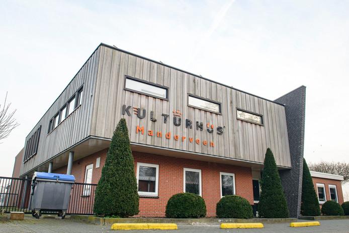 Maatschappelijk vastgoed, kulturhus te Manderveen